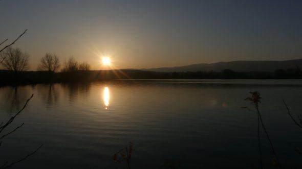 Schöner Sonnenuntergang nach dem Feederangeln