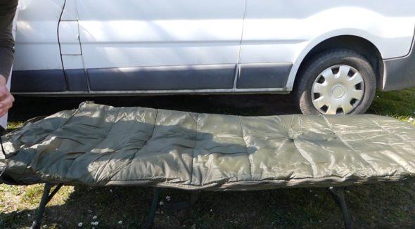 Schlafsack JRC Defender für Karpfenangeln